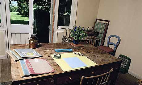 woolf_desk