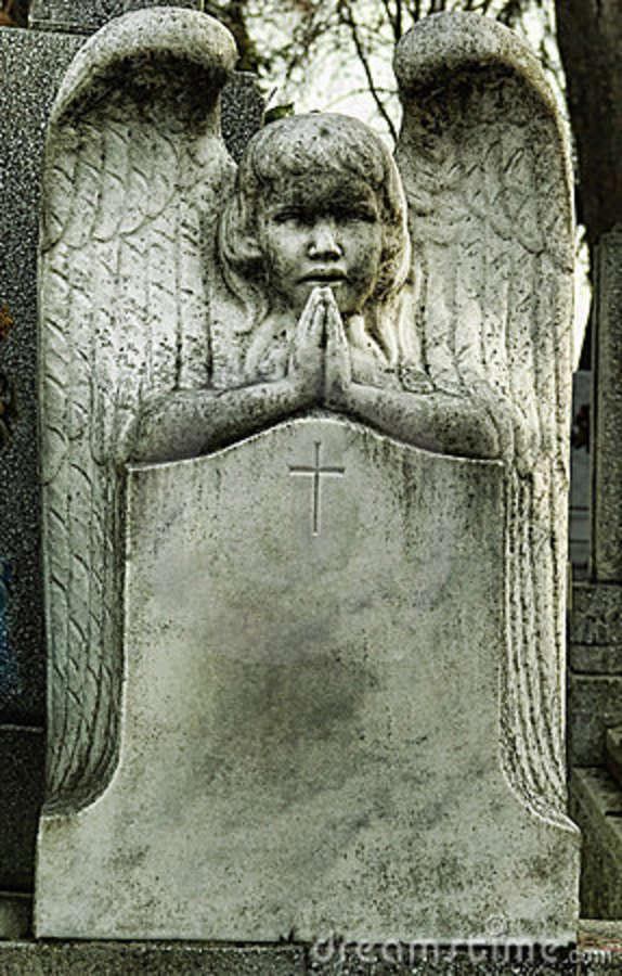 tombstone-angel-praying-22803337