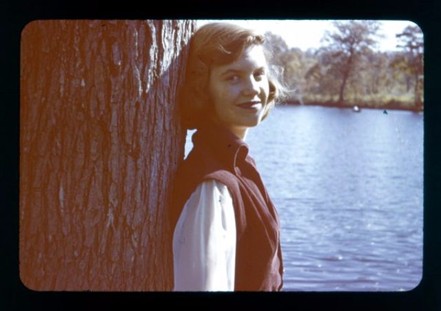 Life of Sylvia Plath through amazing vintage photos (44)